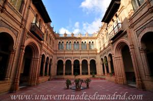Museo de Artes y Costumbres populares de Sevilla, Patio interior del Museo de Artes y Costumbres Populares de Sevilla