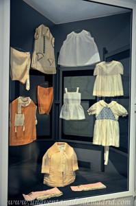 Museo de Artes y Costumbres populares de Sevilla, Ropas infantiles
