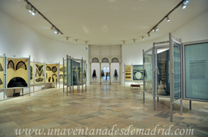 Museo de Artes y Costumbres populares de Sevilla, Sala II: Encajes