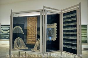 Museo de Artes y Costumbres populares de Sevilla, Tules bordados