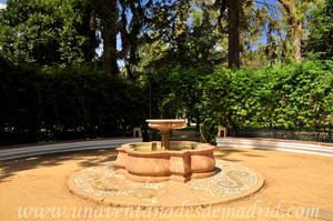 Sevilla, Parque de María Luisa, Glorieta de los Hermanos Machado (13)