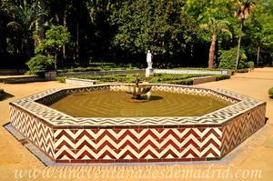 Sevilla, Parque de María Luisa, Fuente de las Conchas