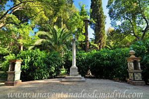 Sevilla, Parque de María Luisa, Glorieta de José María Izquierdo (18)
