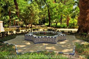 Sevilla, Parque de María Luisa, Glorieta de Juanita Reina (29)