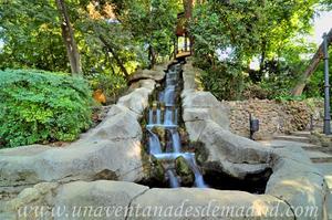 Sevilla, Parque de María Luisa, Cascada del Monte Gurugú (15)