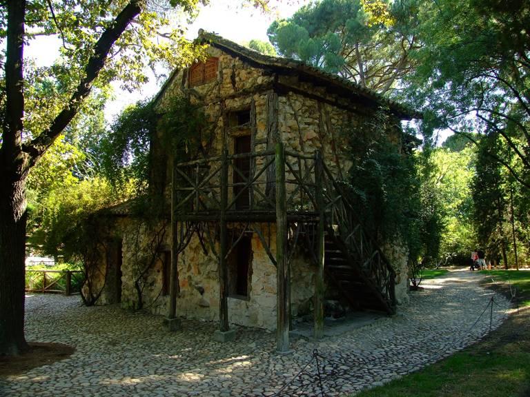 Parque el capricho y ii for Casa y jardin tienda madrid