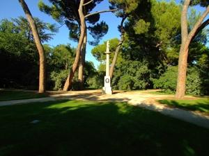 Parque de El Capricho, Rueda de Saturno