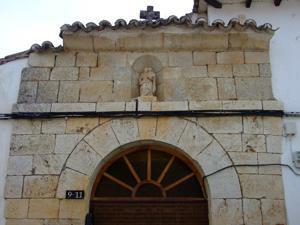 Santorcaz, Portada del Antiguo Hospital