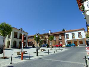 Santorcaz, Plaza de la Constitución
