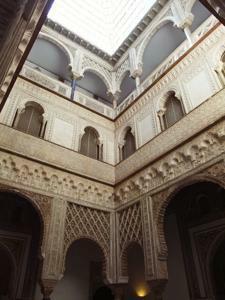 Reales Alcázares, Patio de las Muñecas