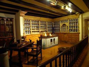 Teruel, Museo Provincial, farmacia