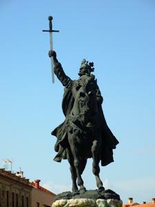 Toledo, Estatua de Alfonso VI
