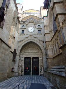 Toledo, Catedral de Santa María, Puerta del reloj