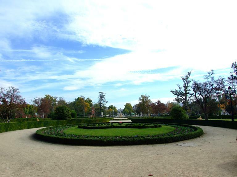 Tren de la fresa y aranjuez for Parterre jardin